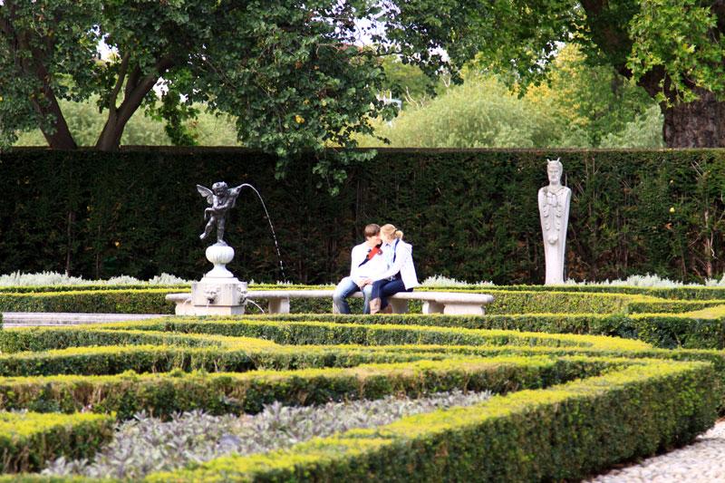 kew gardens essay