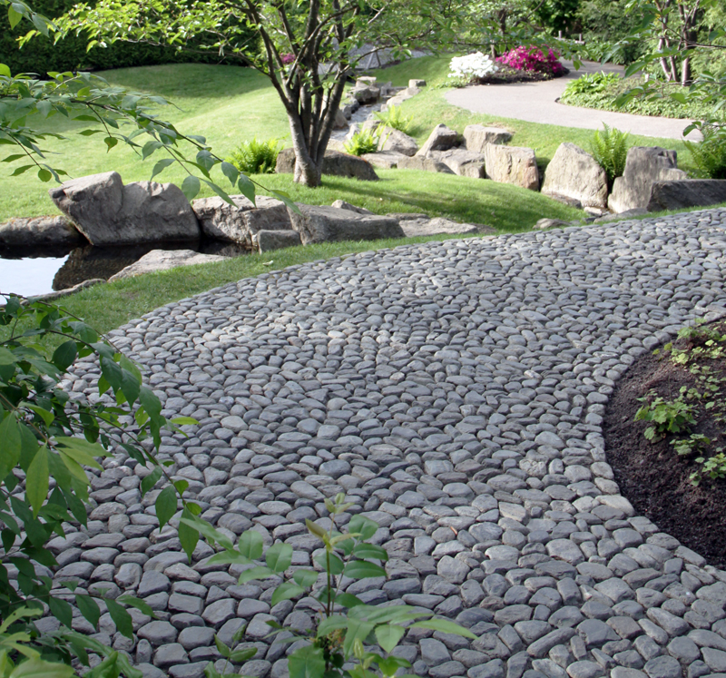 Как сделать дорожки из природного камня своими руками 45